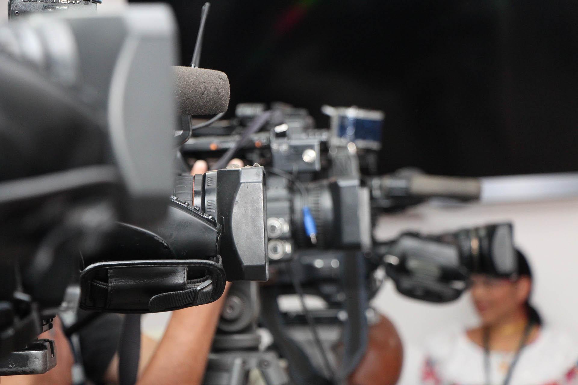 Kameras und Mikrofone