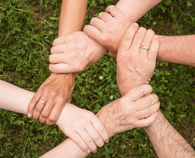 Hände Stützen Sich Gegenseitig