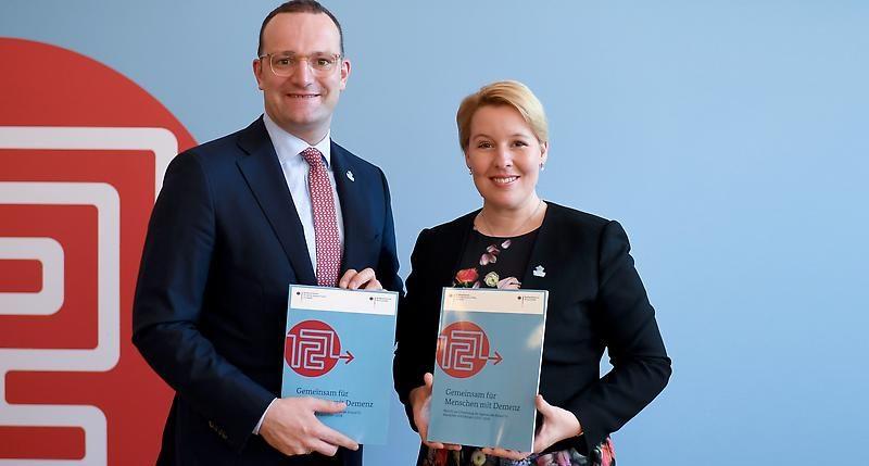 Deutsche Alzheimer Gesellschaft Begrüßt Den Auftakt Zur Nationalen Demenzstrategie